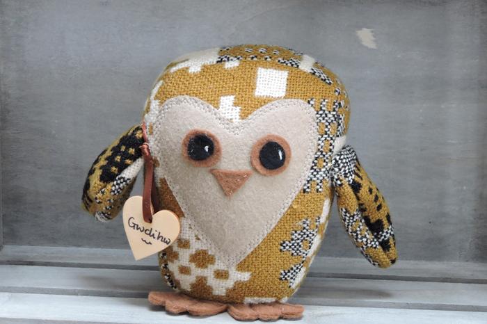 Vintage Welsh Tapestry Owl