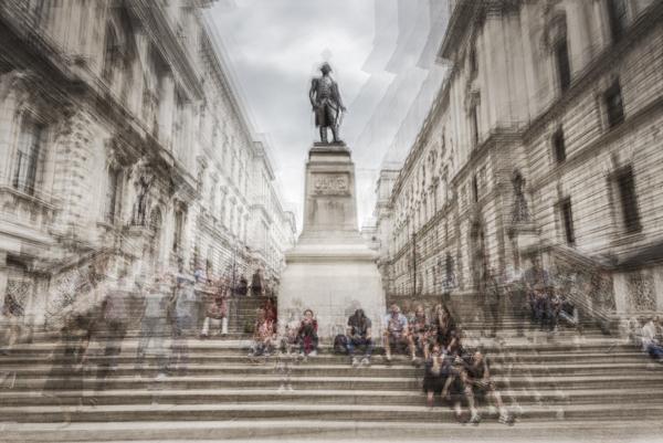 11 Robert Clive statue