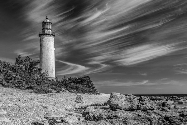 Cirrus and lighthouse