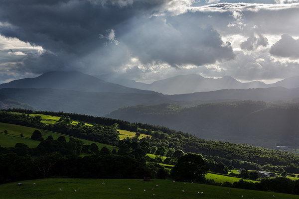 Crepuscular rays Snowdonia