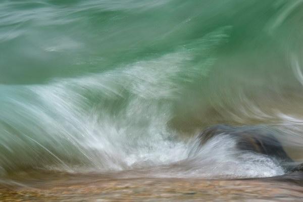 Waves & rock