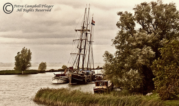 Boats in Muiden 1, Holland