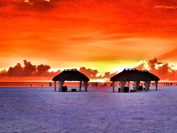 Quinns, Marco Island