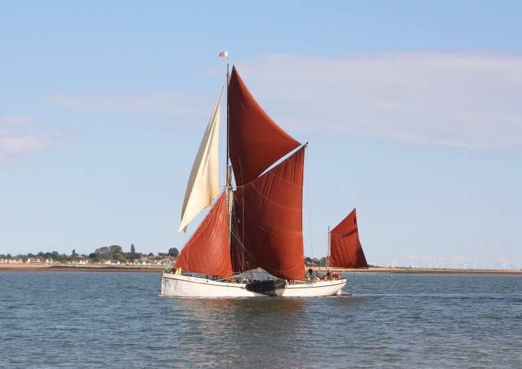 "Thames sailing barge ""Reminder"""