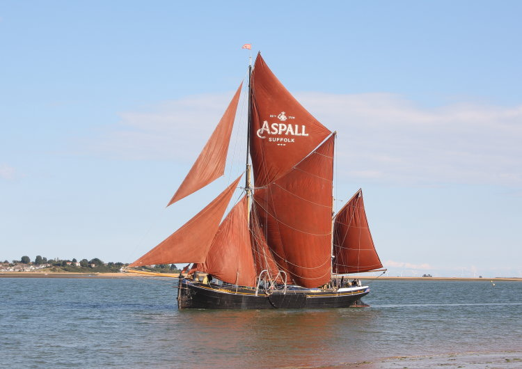 "Thames sailing barge ""Thalatta"""