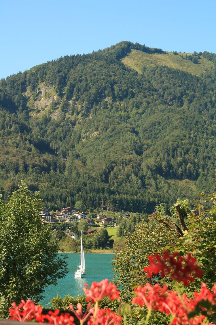 Filbling with the Fuschlesee in the foreground
