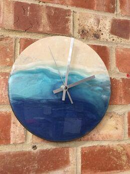 Blue ocean clock