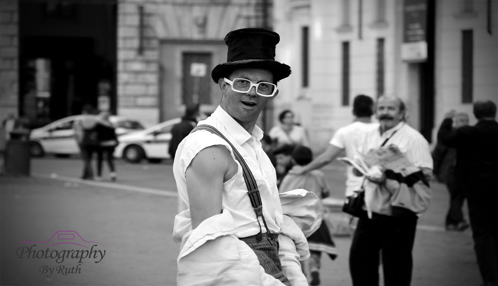 Street Entertainer Rome