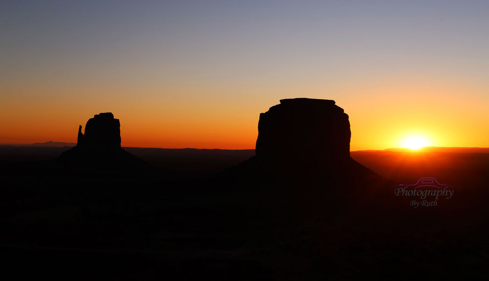 Sunrise at Monument Valley USA