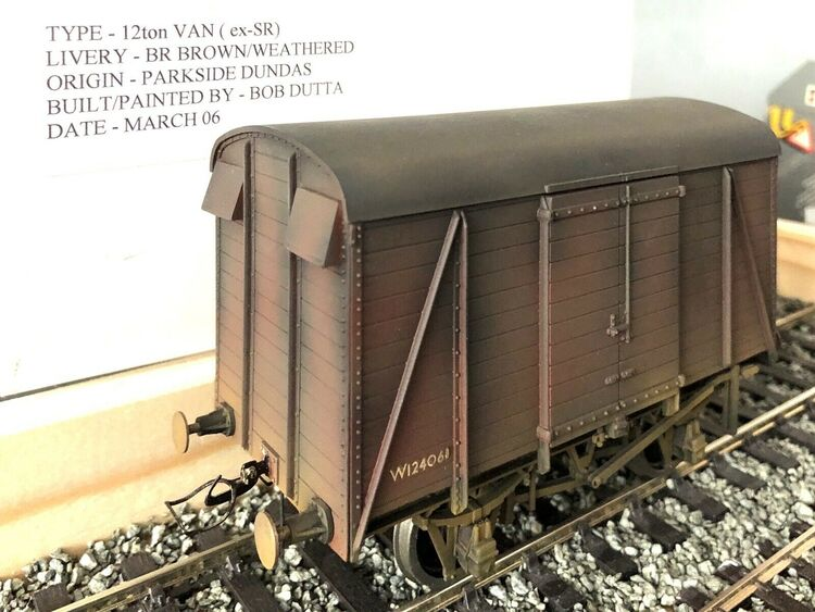 O Gauge BR Brown 12ton Van (ex SR) Weathered