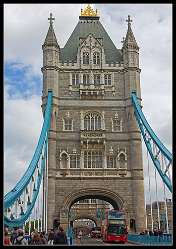 Tower Bridge & London Bus