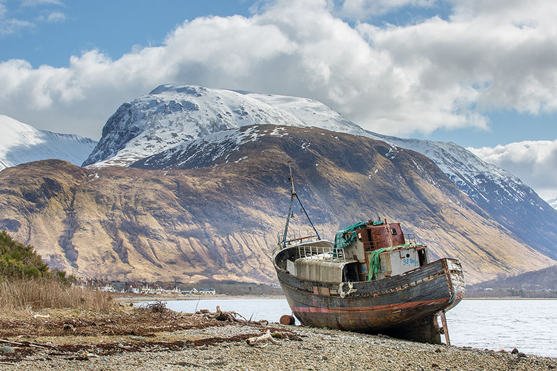 Ben Nevis and the wreck of MV Dayspring