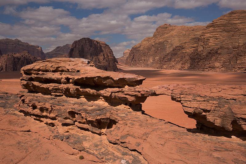 Little Rock Arch, Wadi Rum