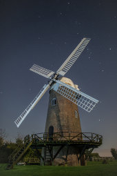 Perseus over Wilton Windmill