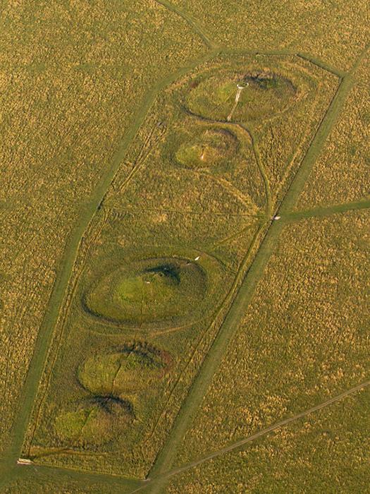 Round barrows, Stonehenge