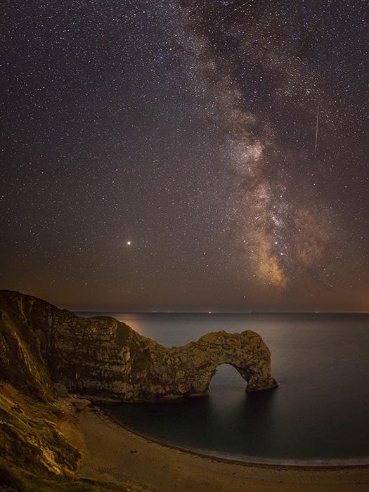 Milky Way, Mars and Saturn over Durdle Door