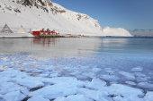 Sarnes Fjord