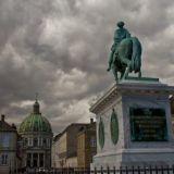 Frederik V Statue