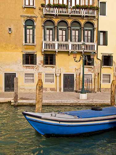 Blue Boat, Grand Canal
