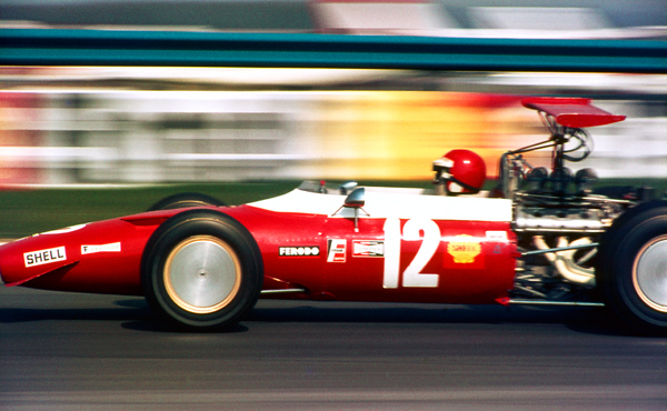 Ernesto Brambilla F2 Ferrari at speed, Thruxton 1969
