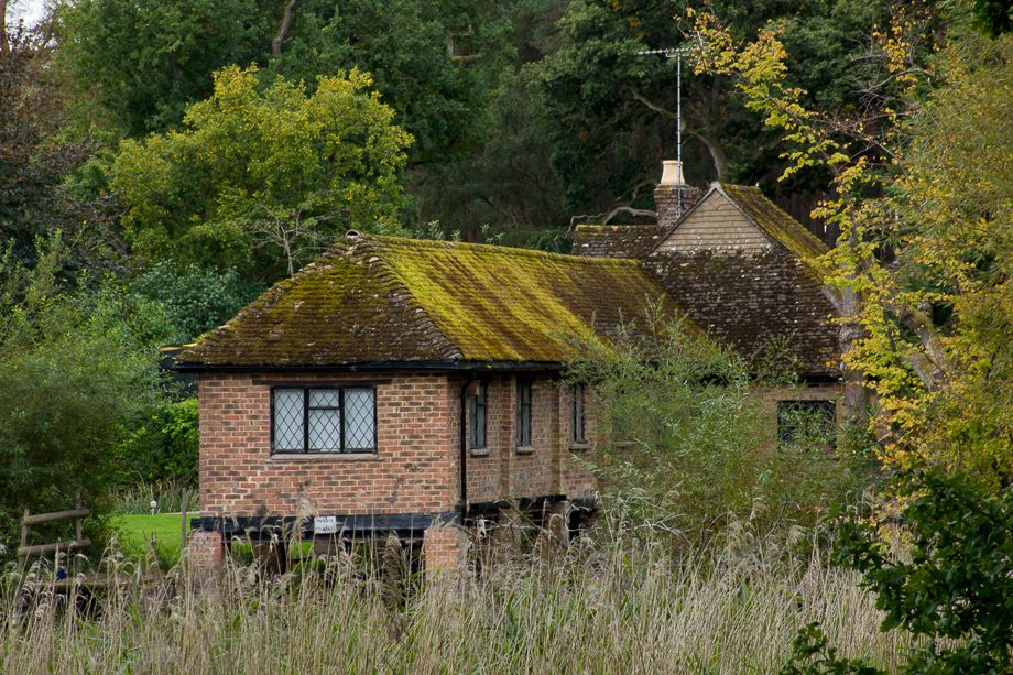 Cottage at Frensham Pond