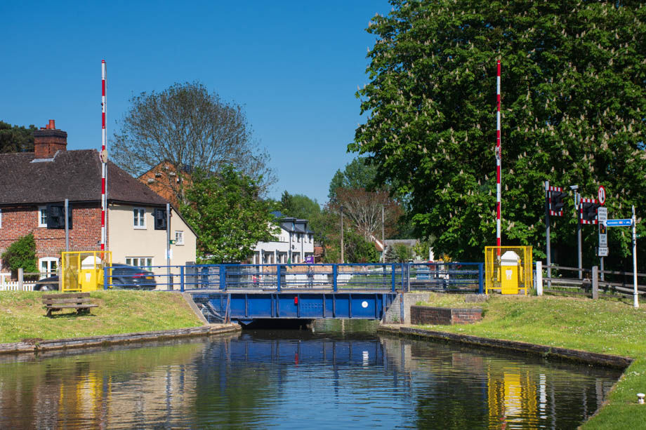 Kennet & Avon Canal near Aldermaston Wharf