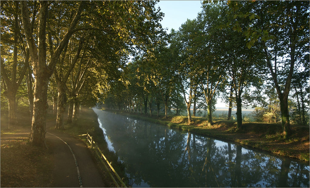 St Juin. Canal lateral a la Garonne.