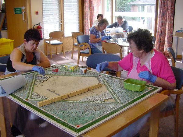 Trafford Macmillan Care Centre 'Hope' mosaic to be displayed at the entrance of the building