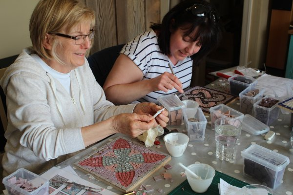Mosaic workshop at Huttons Ambo