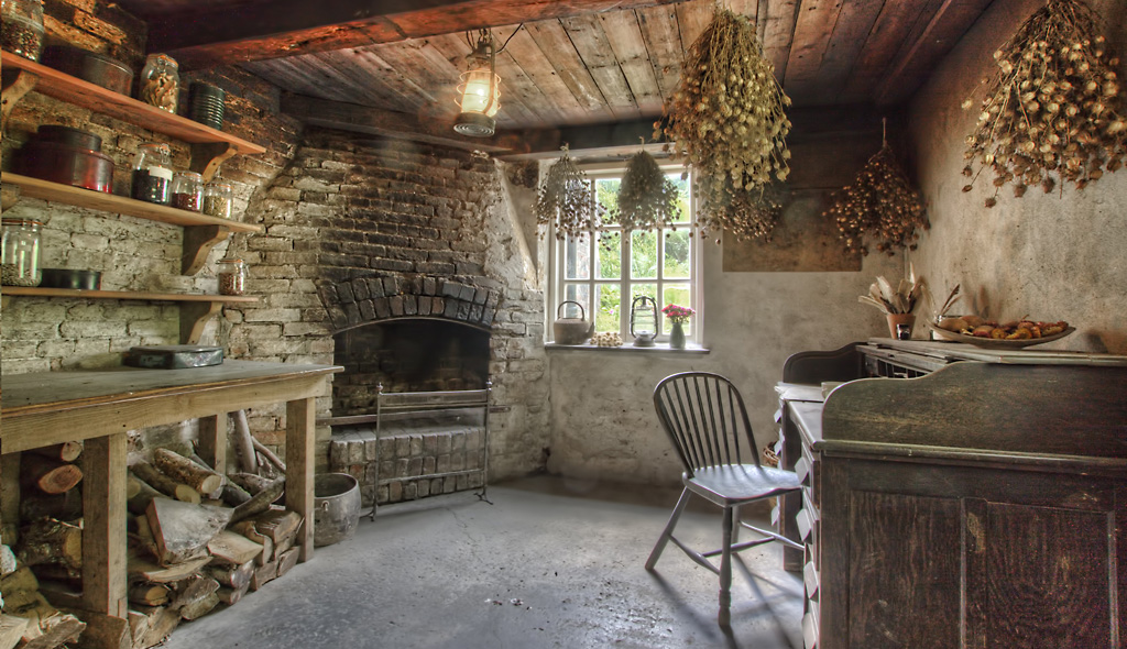 Heligan Head Gardener Shed Cornwall