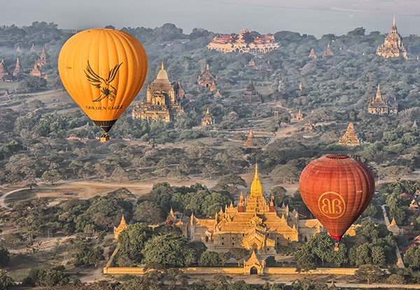 Baloons over Ananda Temple Burma