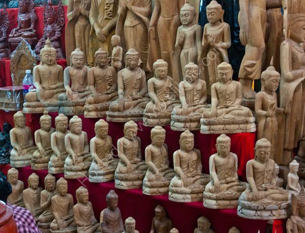 Carvings of Buddah