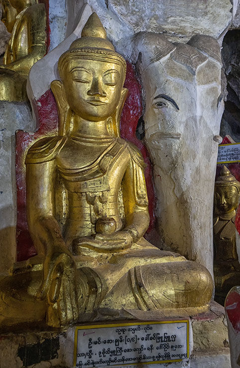 Buddah caves Pindaya