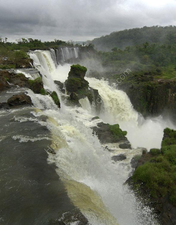 Iguasso Falls