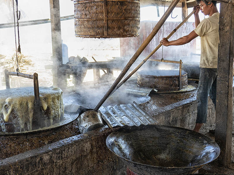 sugar making Inles Lake