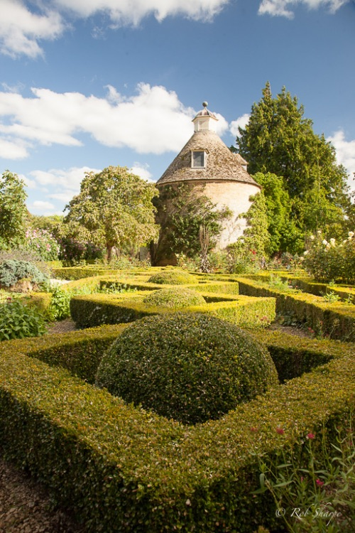 Traditional parterre