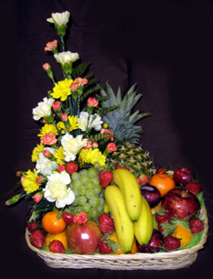 Flowers/Fruit Combi Basket
