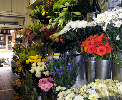 Wide choice of fresh flowers available