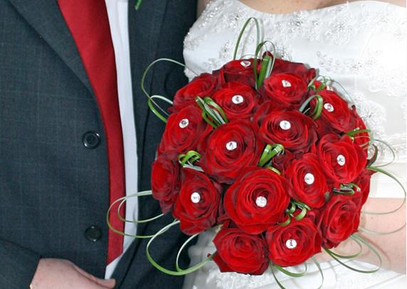 Red Rose & Diamonte Posy