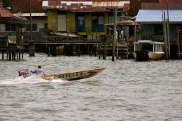 Water Taxi to Kampong Ayer