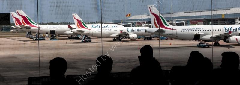 Sri Lankan airliners