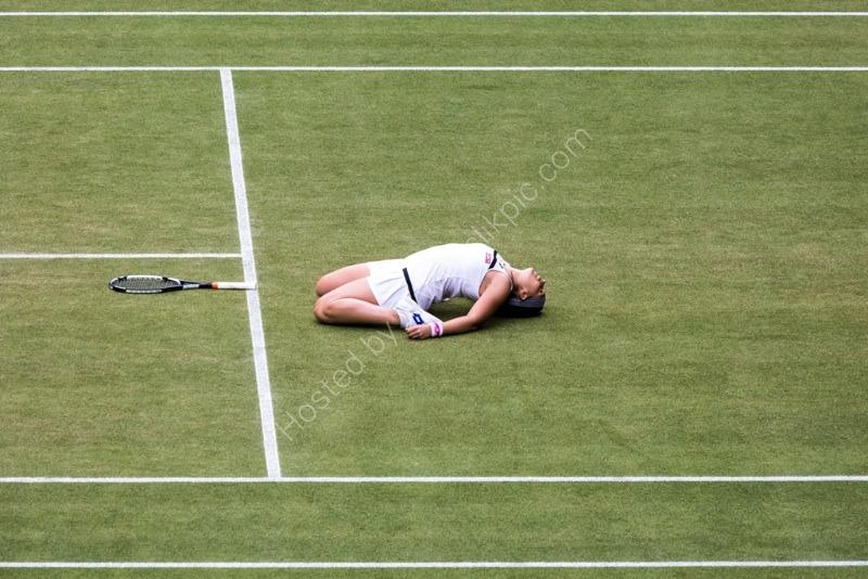 Marion Bartoli wins her semi-final