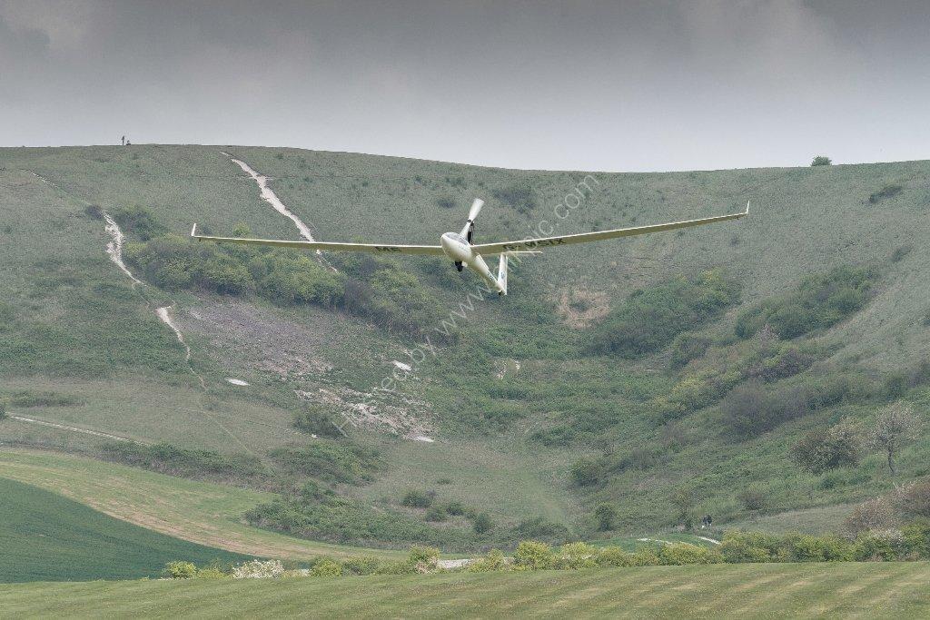 Self-launching DG808 glider