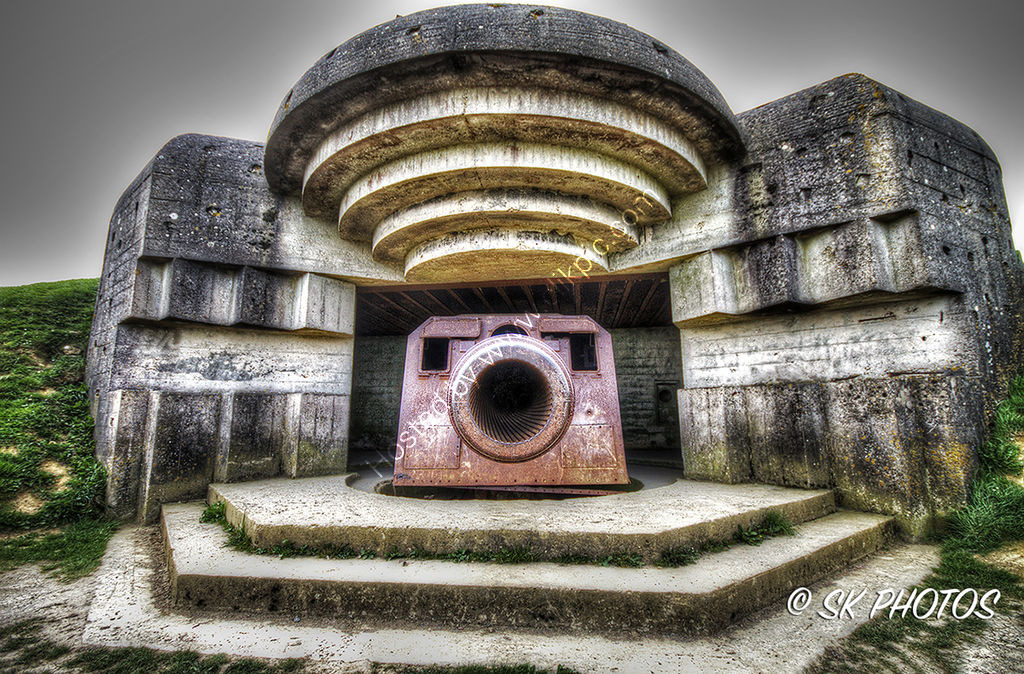 Longues-sur-Mer battery, Normandy.
