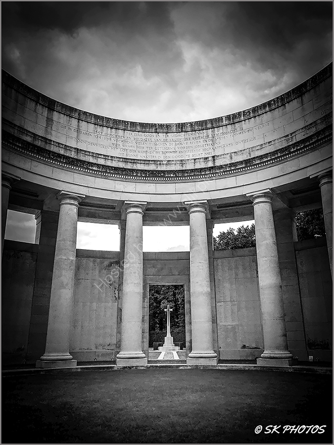 Ploegsteert Memorial to the Missing.