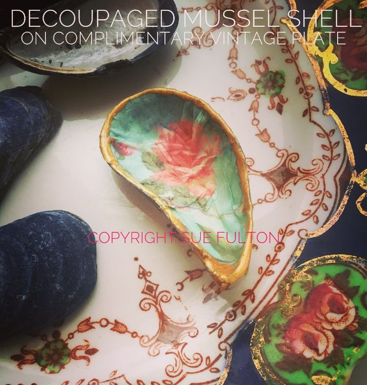 Decoupaged mussel shell on complimentary vintage plate