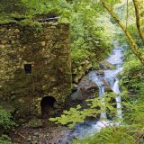 Old abandoned water mill near Bagni di Lucca