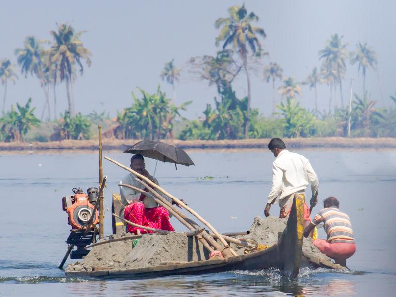 Kerala - loaded to the gunwales