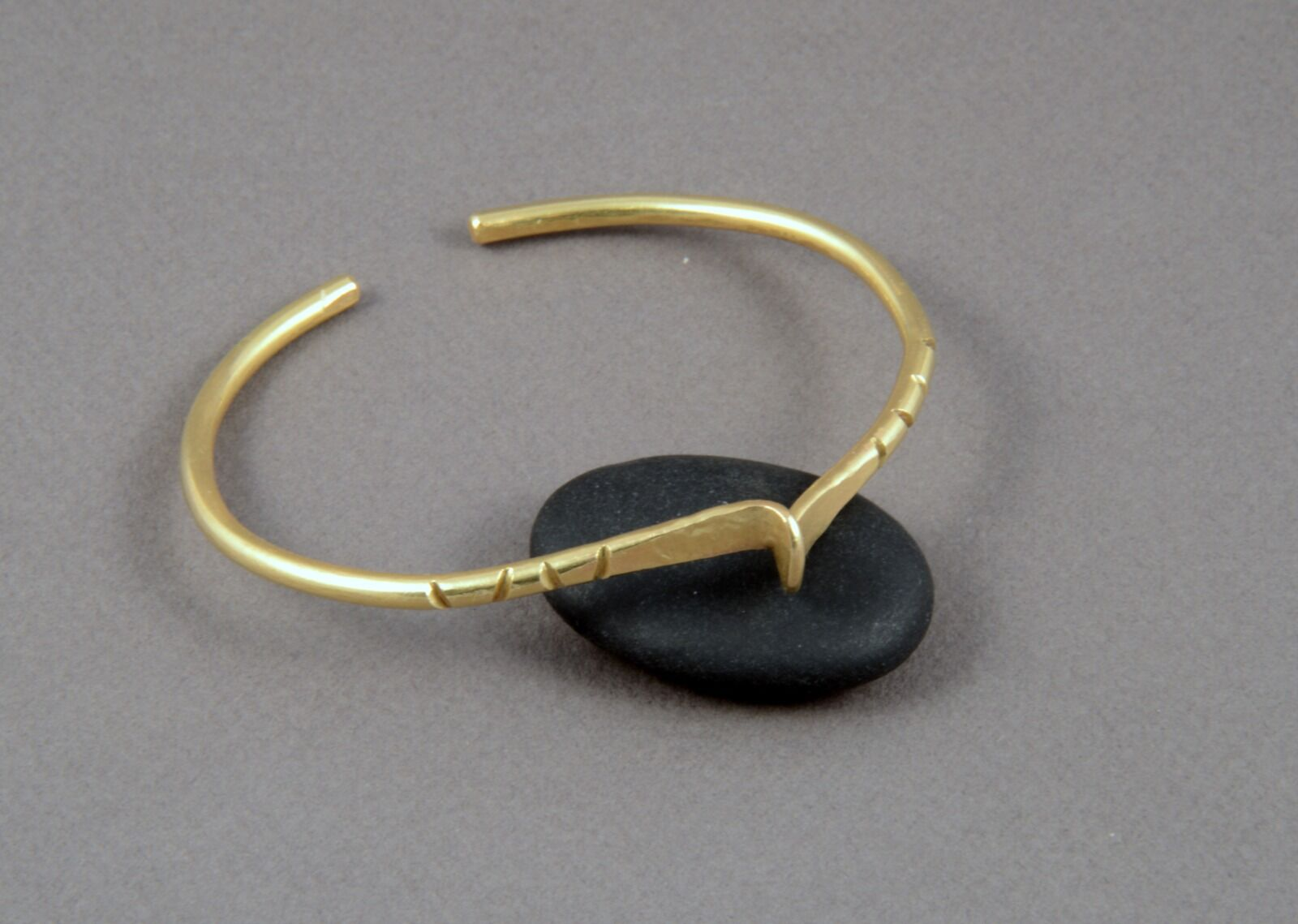 """CB17001 - Adjustable brass cuff with """"wave"""" feature"""