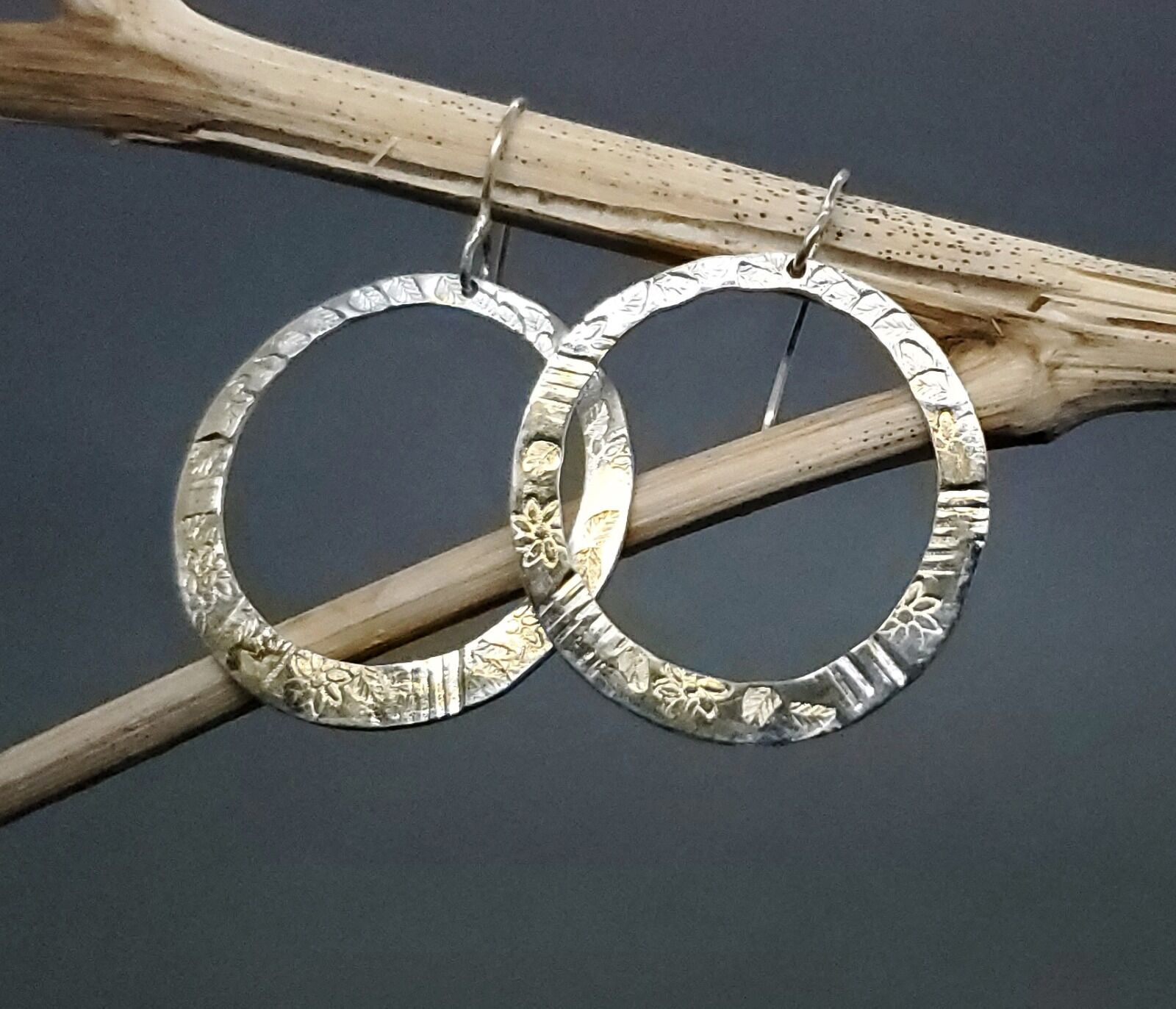 E18038 - Stamped sterling silver hoops